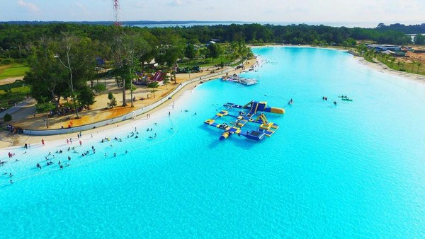 Kolam renang terluas di Asia Tenggara memiliki luas 6,3 hektar. Lokasinya berada di kawasan Chill Cove di Treasure Bay Bintan, Kepulauan Riau. (dok.Treasure Bay Bintan)