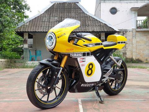 Modifikasi Yamaha R15 jadi Neo Cafe Racer