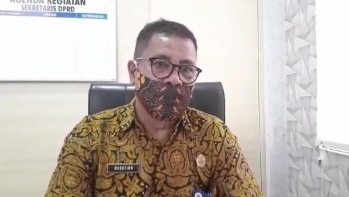 Sekretaris Dewan (Sekwan) DPRD Dharmasraya, Nasution (Jeka Kampai-detikcom)