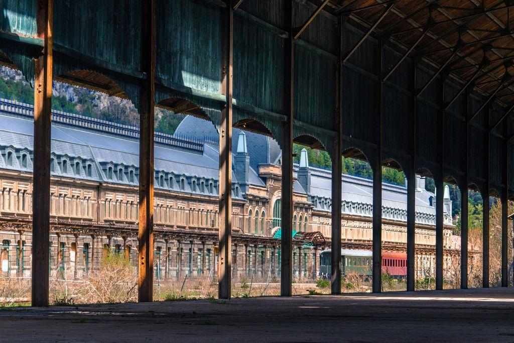 Stasiun Internasional Cenfrac