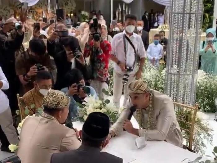 Ali Syakieb menikah