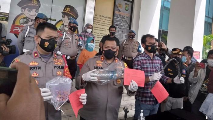 Istri yang bakar suami di Ciputat ditangkap polisi