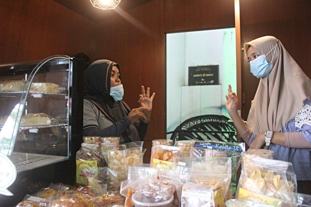 Beli Kopi Kedai di Sudirman Ini Bakal Dilayani Penyandang Disabilitas