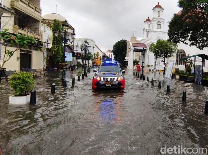 Banjir Semarang Hari Ini / 0ntqdb98y4fnwm : Pada hari ini ...