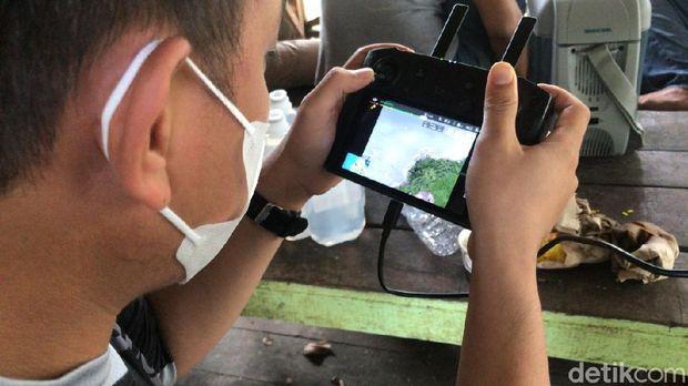 Suasana pencarian harimau lepas di Sinka Zoo Singkawang Kalbar (Adi Saputro/detikcom)