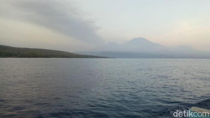 Abu Vulkanik Gunung Raung Capai Bali