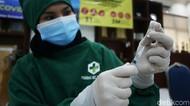 Kenapa Ada Orang Disuntik Vaksin COVID-19 di Pantat?