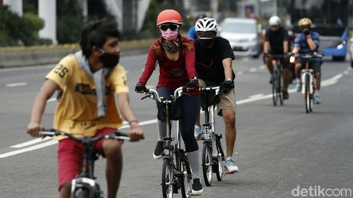 Pemprov DKI Jakarta akan permanenkan jalur sepeda di Jalan Sudirman-Thamrin, Jakarta Pusat. Hal ini untuk menunjang keamanan para pesepeda.
