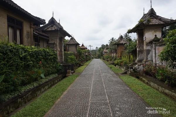 Kawasan Desa Penglipuran yang sangat bersih dan rapi