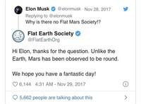 Elon Musk sering menuliskan tweet yang kocak dan bikin orang yang melihatnya tertawa. Berikut ini contoh-contohnya.