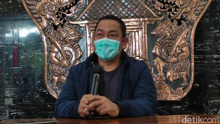 Wali Kota Semarang Hendrar Prihadi di Balai Kota Semarang, Minggu (7/2/2021)