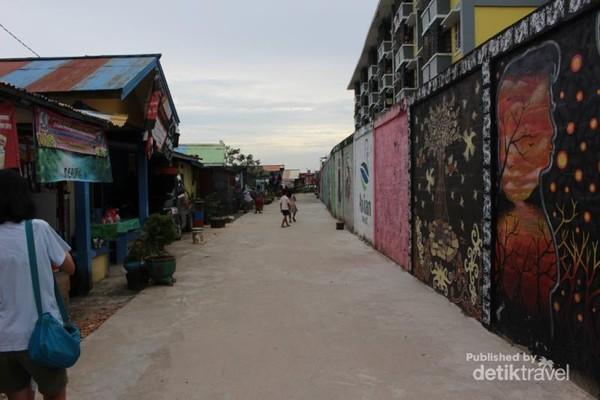 Salah satu sudut kampung warna-warni Balikapapan.