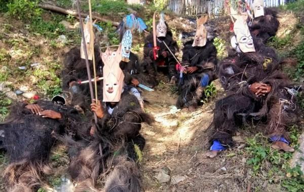 Usai menampilkan tarian wala,Foto: adit