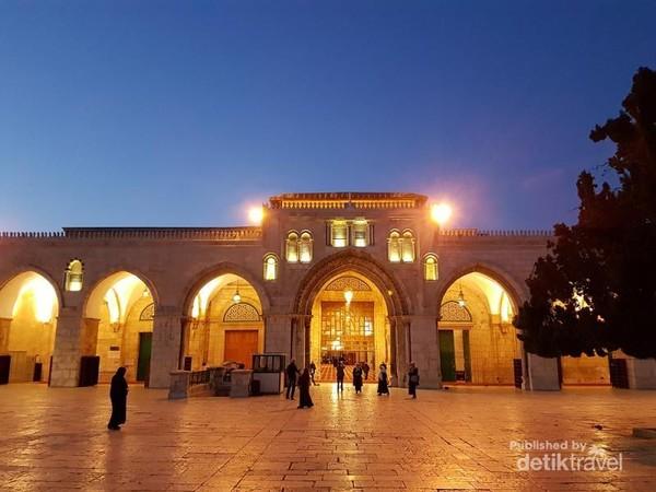 Tampak depan bangunan Masjidil Aqsa, Palestina