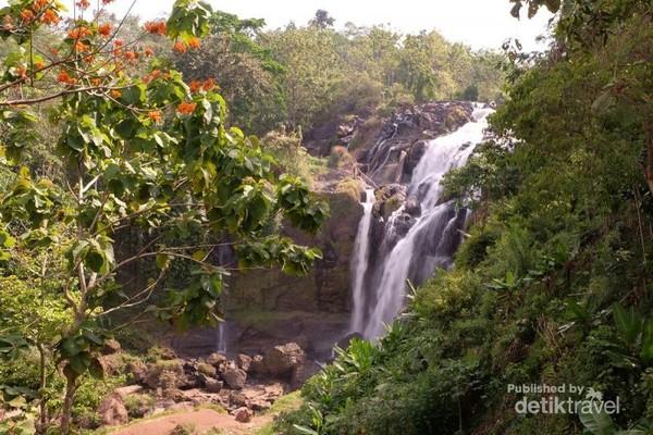 Air Terjun Gangsa, Way Kanan, Lampung Hidden paradise