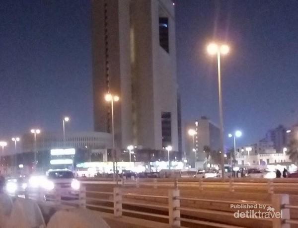 Malam di Corniche Jeddah