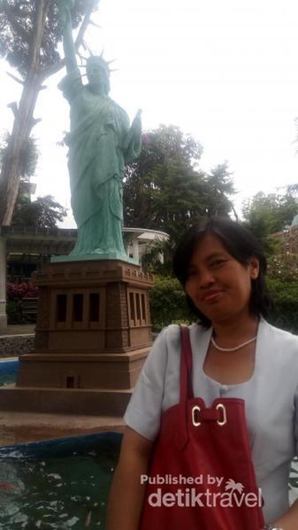 Miniatur Patung Liberty, Amerika Serikat