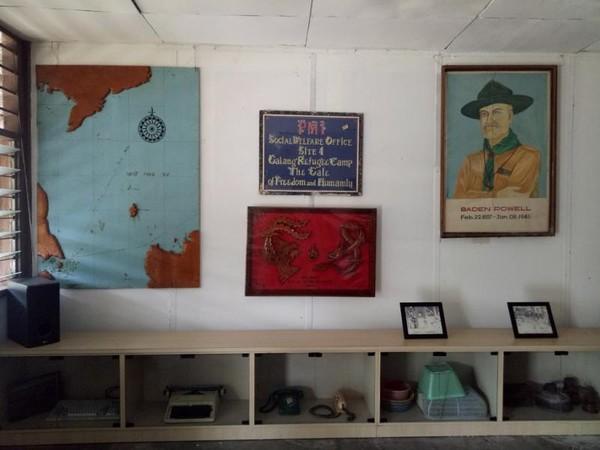 Berbagai barang peninggalan pengungsi Vietnam.