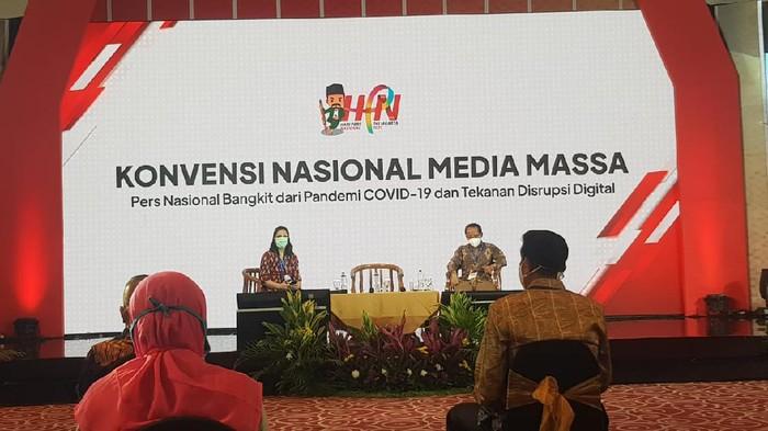 Diskusi Konvensi Nasional Media Massa
