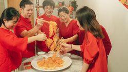 Tradisi Sambut Musim Semi dengan Makan Bareng Keluarga