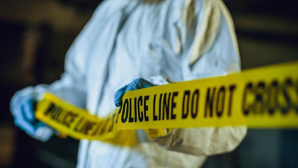 Polisi Temukan Mayat Duda dengan Mulut Berbusa di Menteng