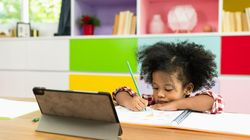 Live! e-Life: Kiat Berdamai dengan Sekolah Online Si Kecil