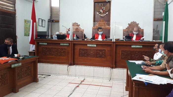 Sidang perdana gugatan perdata Tommy Soeharto soal penggusuran bangunannya di Tol Desari (Foto: Dwi/detikcom)