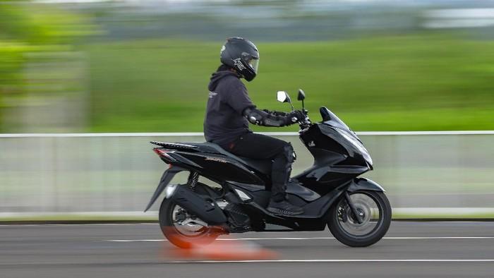 Test ride Honda PCX 160