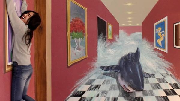 Tak hanya restoran, ada juga spot foto yang lucu nih. Namanya museum LuLu, ada lebih dari 50 lukisan 3D yang keren. (Cimory Puncak/instagram)