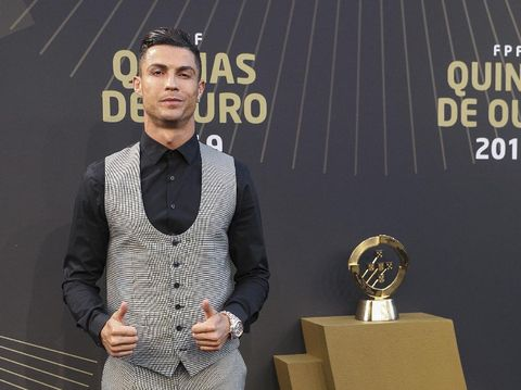 LISBON, PORTUGAL - SEPTEMBER 02: Cristiano Ronaldo attends the Quinas de Ouro 2019 awards ceremony at Pavilhao Carlos Lopes on September 2, 2019 in Lisbon, Portugal. (Photo by Carlos Rodrigues/Getty Images)