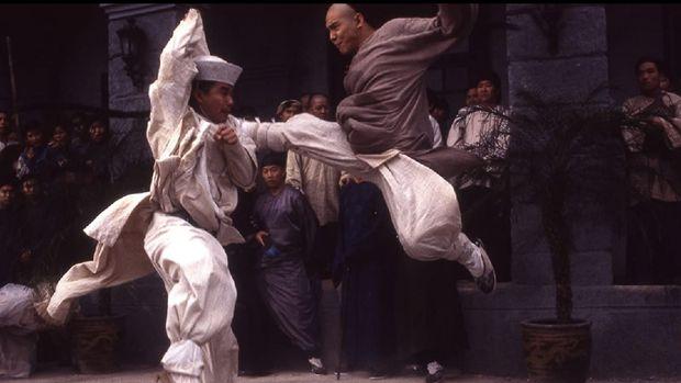 Jet Li kala berperan sebagai Wong Fei-hung di film Once Upon a Time in China II.