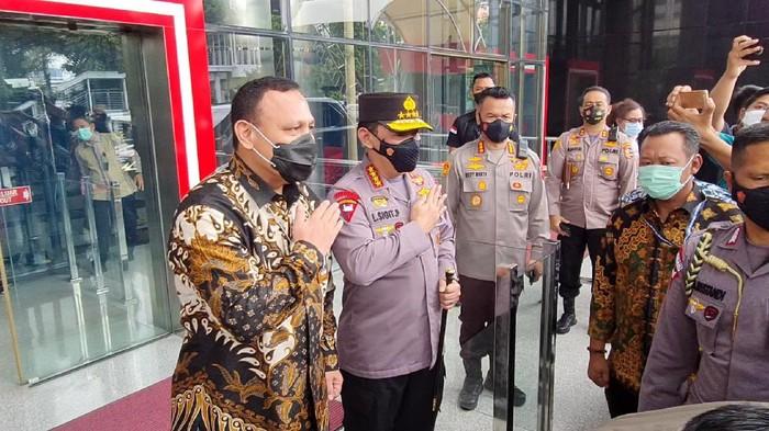 Kapolri Jenderal Listyo Sigit Prabowo datangi KPK (Farih-detikcom)