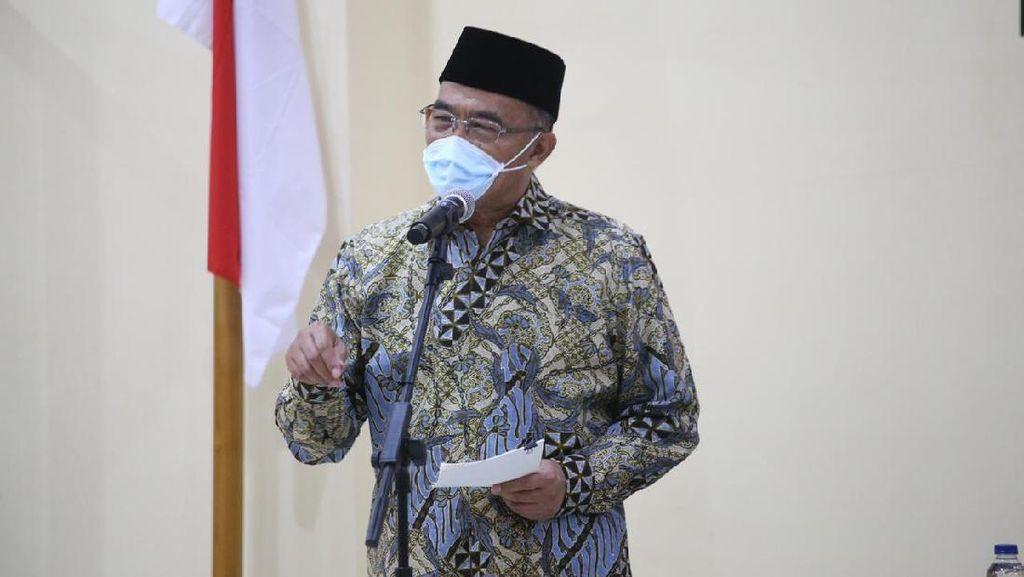Cek Dusun Lockdown di Madiun, Menko PMK Minta Warga Waspada Klaster Hajatan