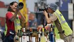 Foto-foto Lika-liku Para Jurnalis Memburu Berita