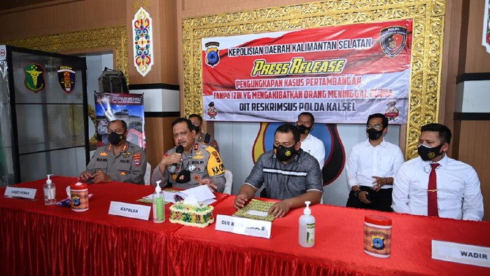 Polda Kalsel tetapkan 4 orang tersangka terkait tewasnya 10 pekerja tambang di Tanah Bumbu.