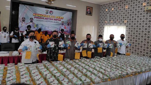Polresta Depok gagalkan peredaran 258 Kg sabu.