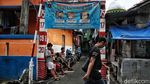 Melihat Kawasan Kampung Zona Merah di Jakarta