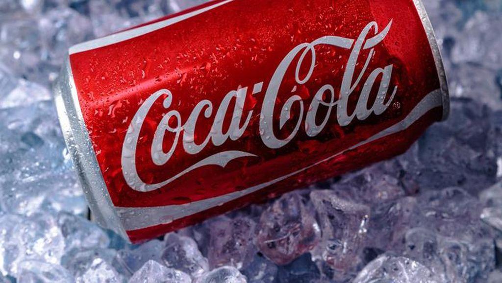 Sempat Serukan Boikot, Trump Diam-diam Masih Jual Coca-Cola