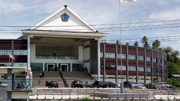 Gedung DPRD Sulut (Trisno Mais/detikcom)
