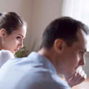 Kekasih Blokir Kontak Setelah Bahas Pernikahan, Pantaskah Dipertahankan?