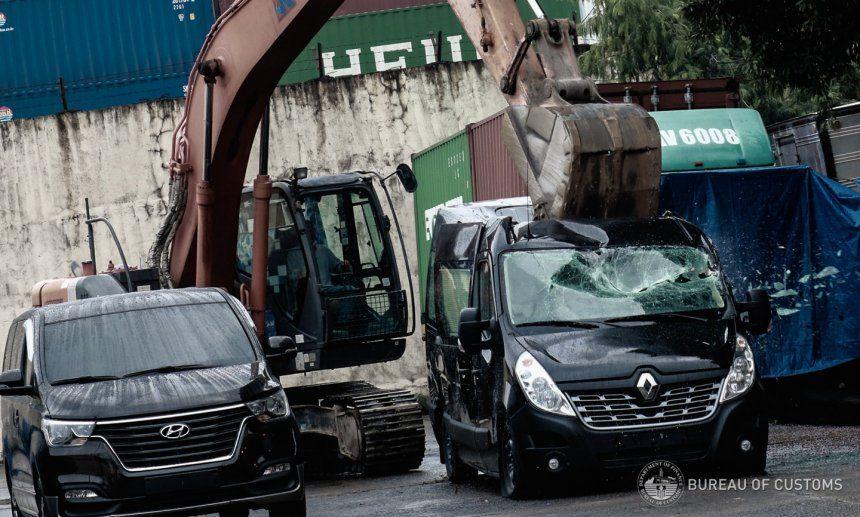Mobil Selundupan di Filipina Dihancurkan