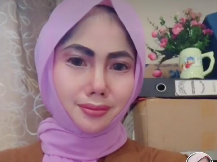Wanita yang berasal dari Ketapang Kalimantan Barat viral di TikTok