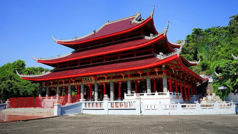 Semarang, Central Java, Indonesia (January 22nd, 2020), The Main Temple in Sam Poo Kong Complex, an iconic and heritage landmark, become a popular tourist destination in the city.