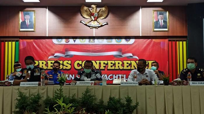 Konferensi pers di Kemenkum HAM Aceh (Agus Setyadi-detikcom)