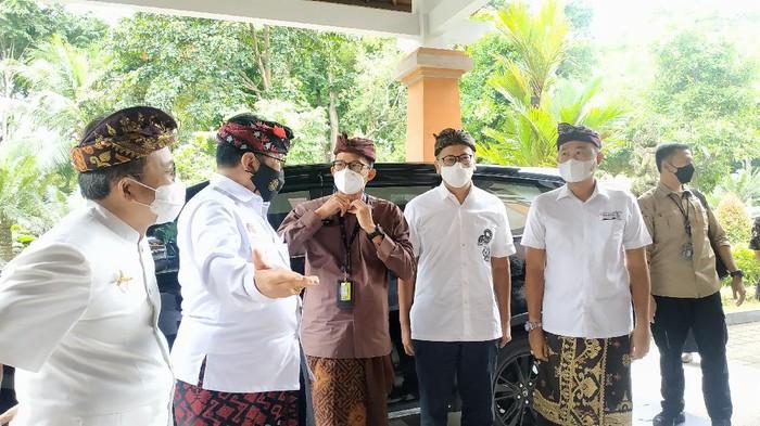 Menparekraf Sandiaga Uno kembali berkantor di Bali