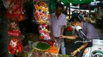Pasar Petak 9 Ramai Jelang Imlek