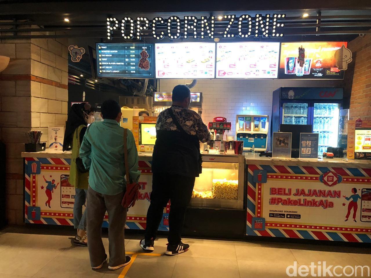 Suasana Bioskop Jelang Long Weekend