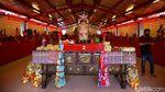 Suasana Kelenteng Dharma Bhakti Jelang Tahun Baru Imlek