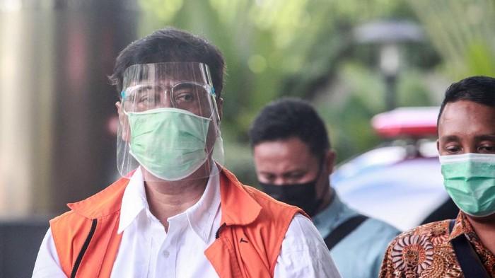 Tersangka korupsi kasus ekspor benih lobster, Suharjito tiba Gedung KPK, Jakarta, Kamis (11/2/2021).