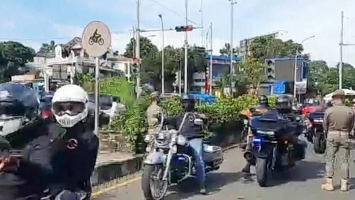 Konvoi belasan moge di Bogor lolos ganjil genap tanpa pemeriksaan